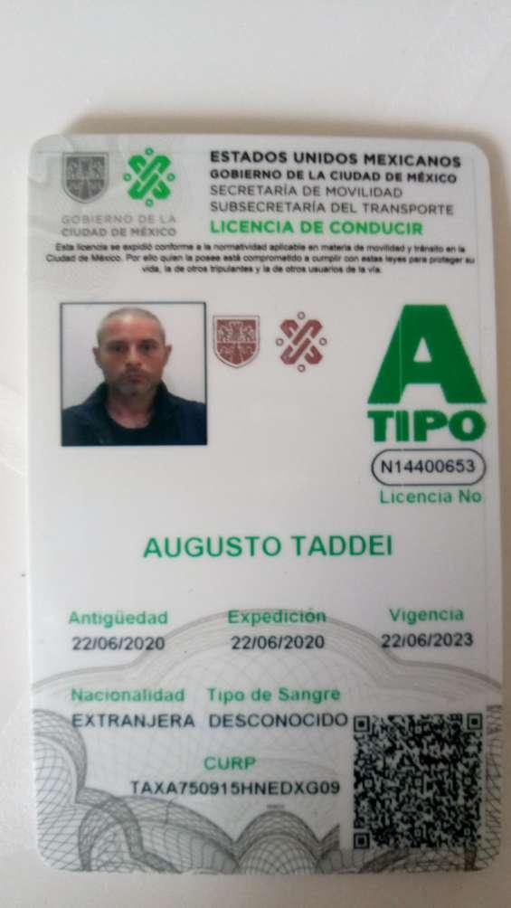Chófer con licencia tipo a busca empleo