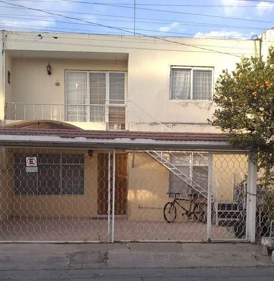 Se renta casa en jardines alcalde
